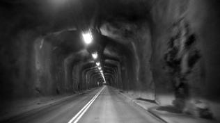 Tunnlar (28)